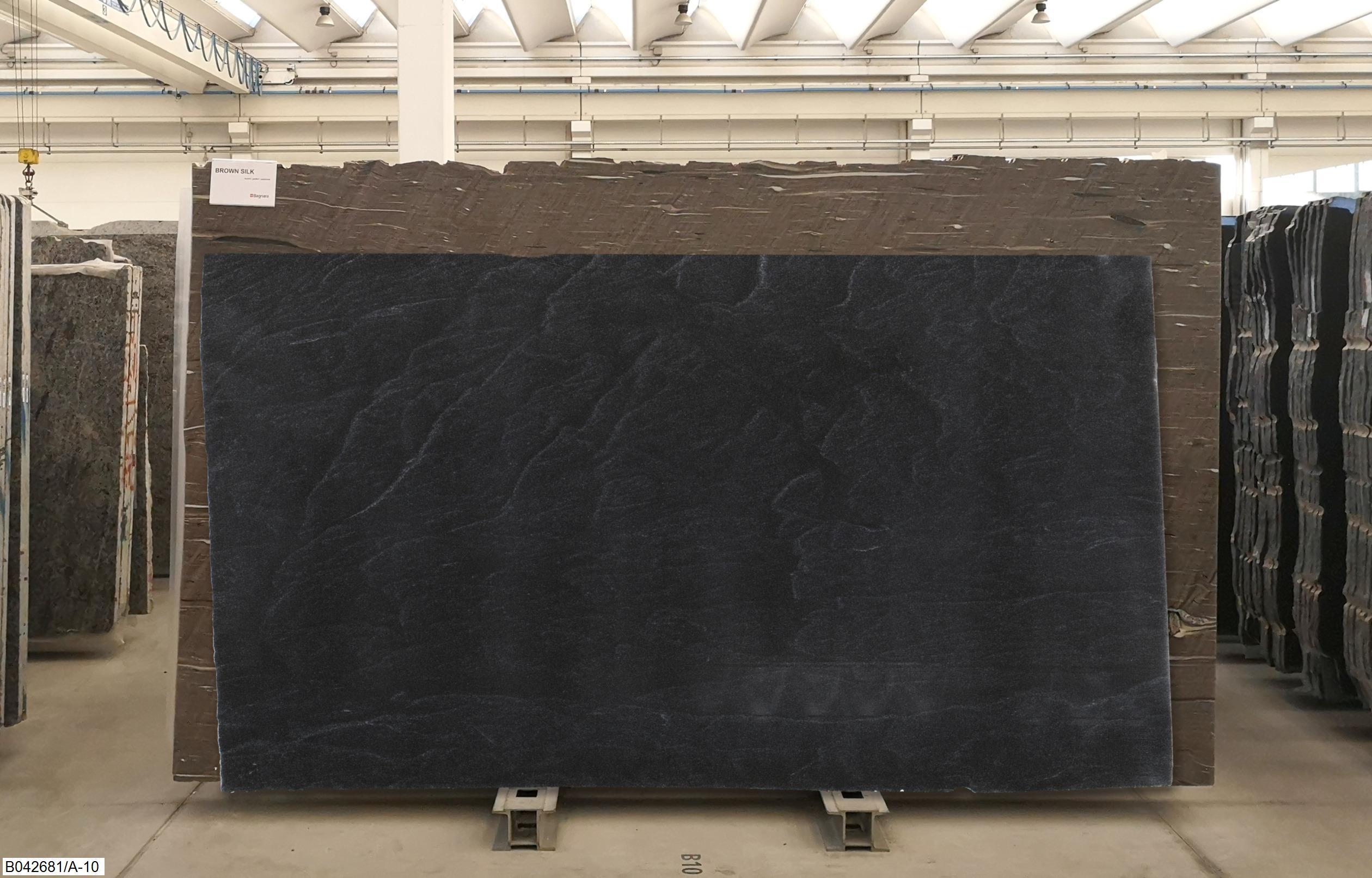 AMERICAN BLACK FANTASTIC - LASTRE LUCIDE Foto: 1_59680_39223.jpg