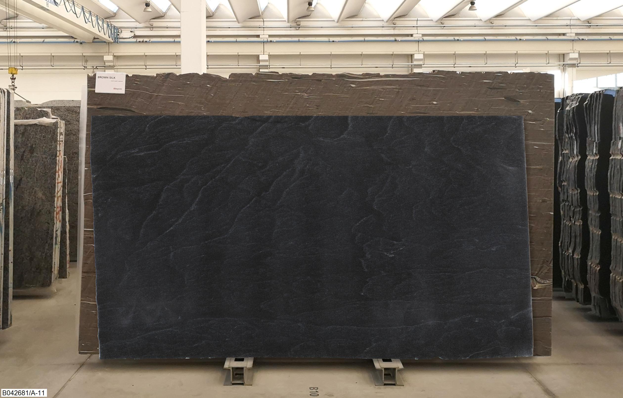 AMERICAN BLACK FANTASTIC - LASTRE LUCIDE Foto: 1_59681_39224.jpg